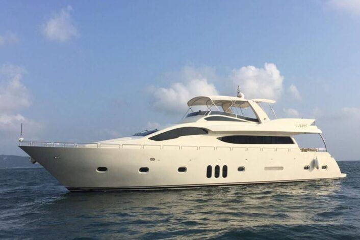 White Pearl - Deluxe Cruiser Side